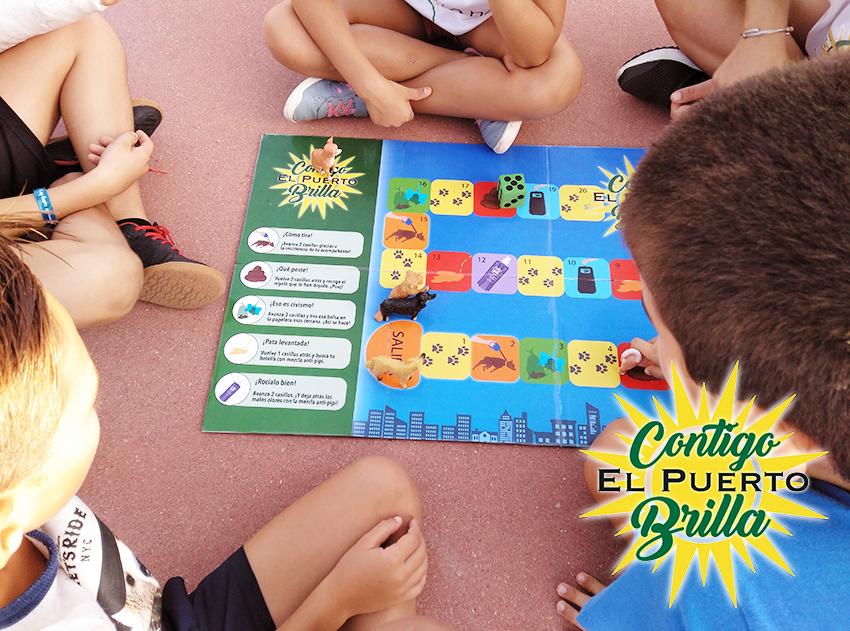 niños colegio Castillo Doña Blanca juego oca